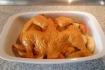 Рецепт. Курица с яблоками под соусом