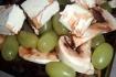 Рецепт. Салат с шампиньонами, виноградом и фетой