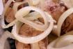 Рецепт. Скумбрия маринованная с луком