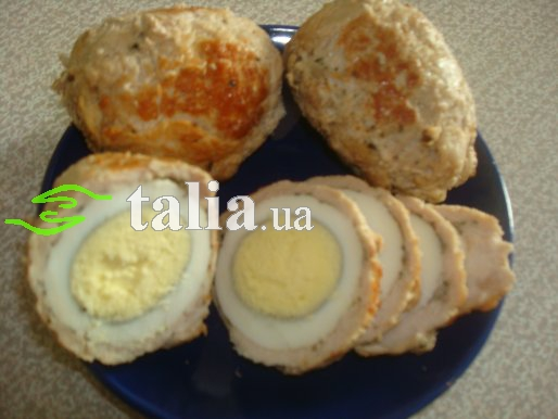 Рецепт. Мясные рулетики из свинины с яйцом