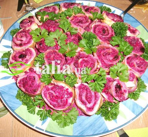 Рецепт. Салат с блинчиками ''Розочки''