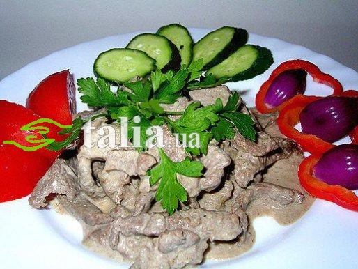 Рецепт. Бефстроганов из свинины в сметанном соусе