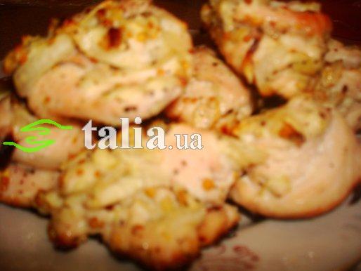 Рецепт. Куриное филе в духовке с яблоком