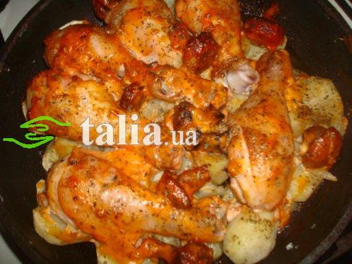 Рецепт. Картофель в духовке с голенью и грибами
