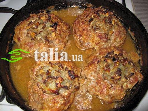 Рецепт. Мясное гнездо с грибами шампиньонами