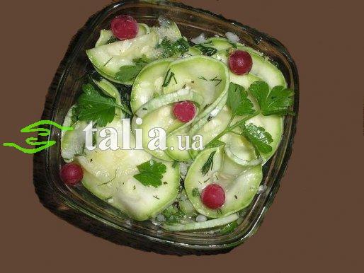 Рецепт. Салат из кабачков с зеленью