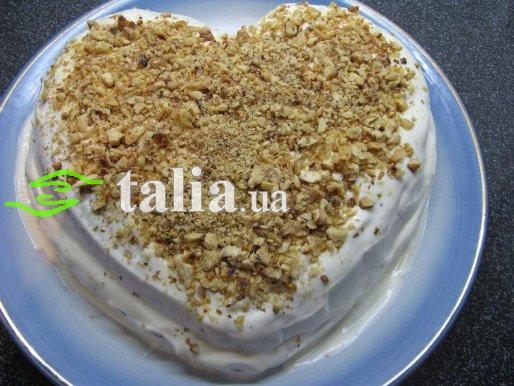 Рецепт. Ореховый торт со сметанным кремом