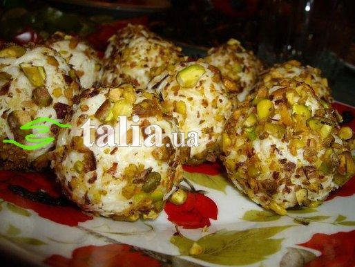 Рецепт. Сырно-ореховые шарики с красной икрой