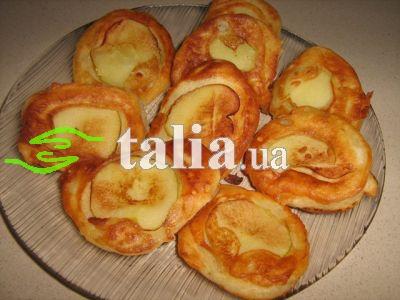 Рецепт. Оладьи на кефире с яблоками