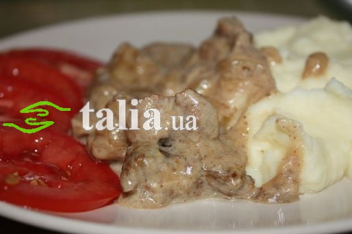 Рецепт. Бефстроганов из говядины со сметанным соусом