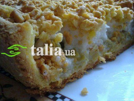 Рецепт. Пирог с ревенем и белковым кремом