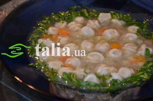 Рецепт. Суп с пельменями из куриного мяса