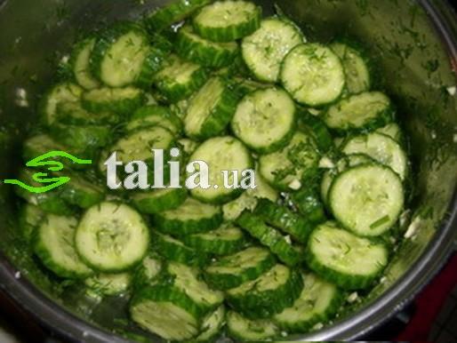 Рецепт. Салат из огурцов