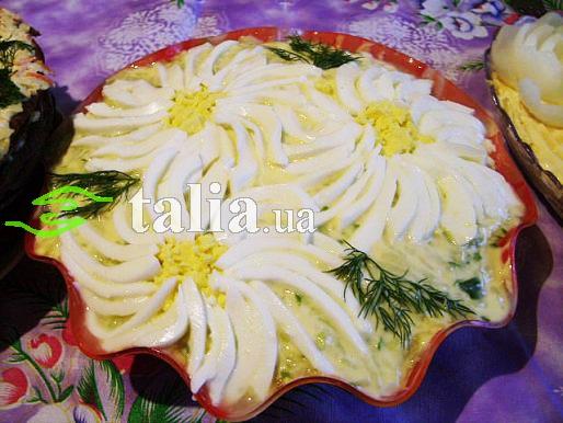 Рецепт. Салат ''Бунито'' с корейской морковкой