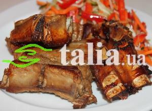 Рецепт. Свиные рёбрышки тушёные с черносливом