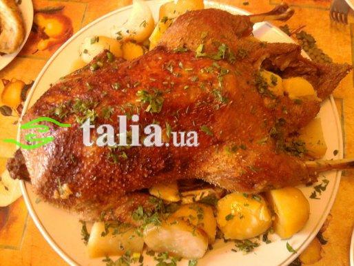 Рецепт. Утка в рукаве с картошкой