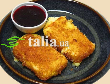 Рецепт. Жареный сыр в панировочных сухарях