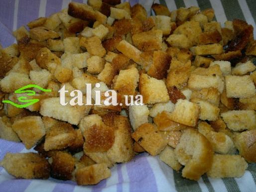 Рецепт. Сухари в духовке из белого хлеба с чесночком