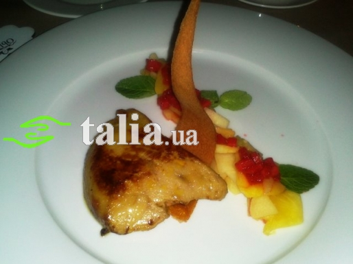 Рецепт. Фуа-гра (гусиная печень) с фруктами