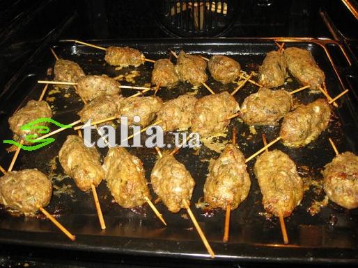 Рецепт. Люля-кебаб в духовке из свинины