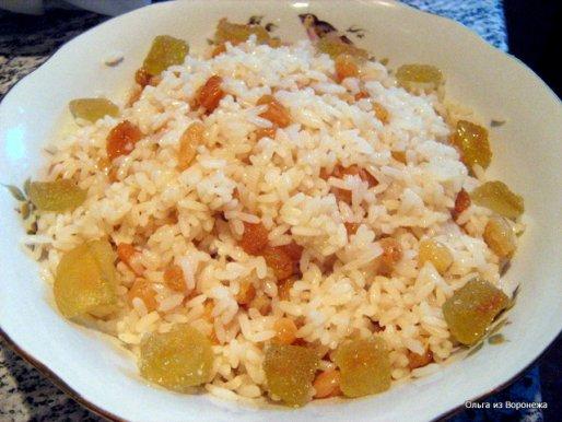 Рецепт. Кутя. Кутья из риса с изюмом и медом