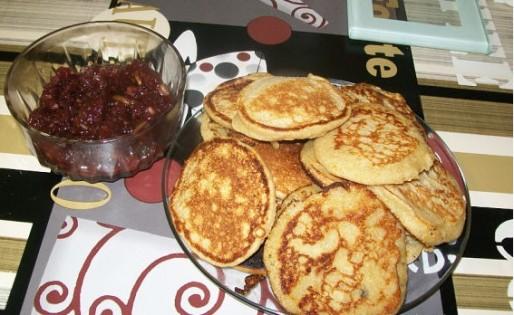 Рецепт. Тесто для оладьев из овсянки и манной крупы