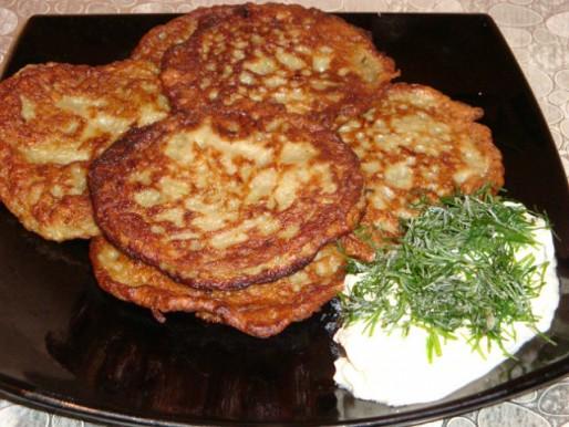 Рецепт. Оладьи из баклажанов с отварным мясом