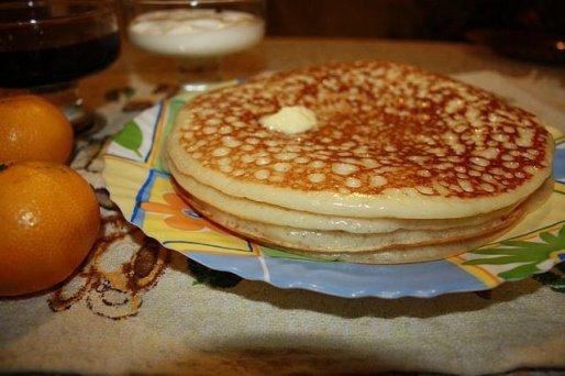 Рецепт. Дрожжевые блины на молоке