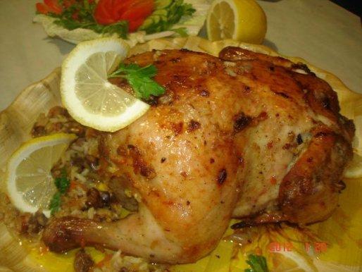 Рецепт. Фаршированная курица рисом и куриными сердцами