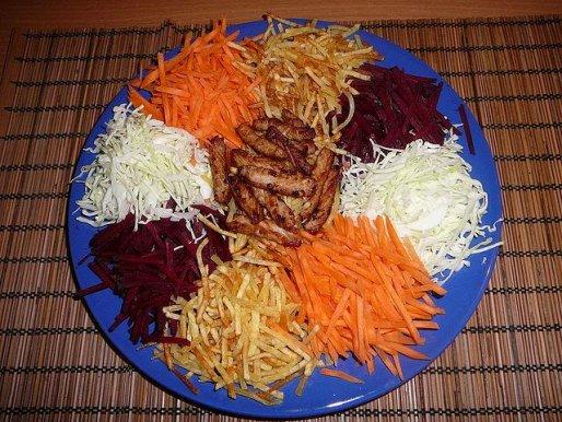 Рецепт. Картофельный салат с сырыми овощами