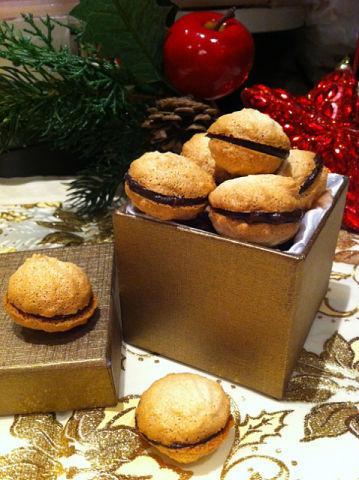 Рецепт. Миндальное печенье с шоколадом
