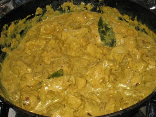 Рецепт. Курица карри с йогуртовым соусом