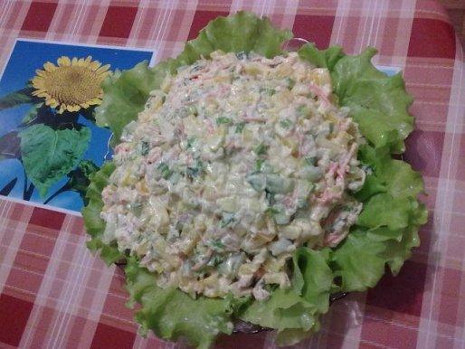 """Рецепт. Салат """"Столичный"""" с крабовым мясом"""