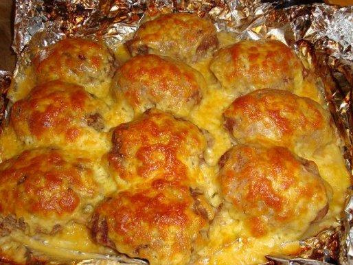 Рецепт. Тефтели в духовке с сыром