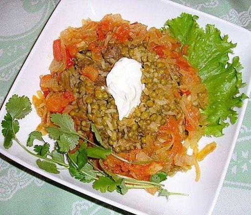 Рецепт. Гороховая каша с овощами и специями