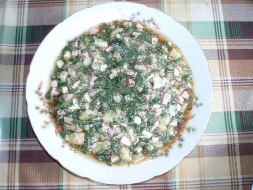 Рецепт. Окрошка на квасе с куриным мясом