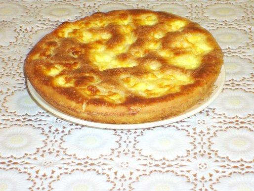 Рецепт. Пирог на кефире со сметанной заливкой
