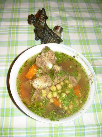 Рецепт. Шурпа из баранины с горохом нут