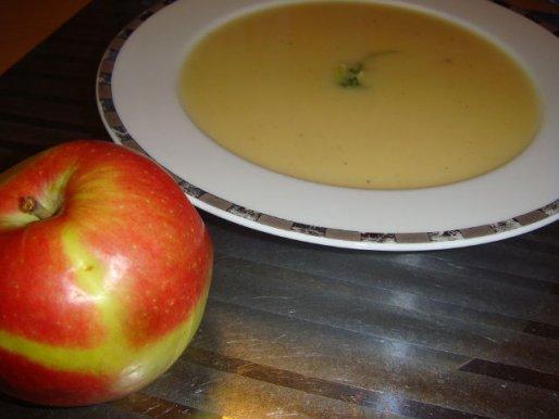 Рецепт. Тыквенный суп с яблоками