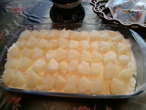 Рецепт. Салат с ананасами