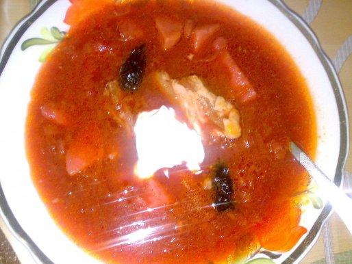 Рецепт. Красный борщ с черносливом