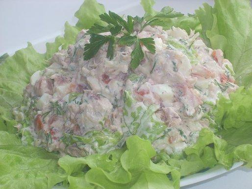 """Рецепт. Салат """"Айсберг"""" с помидорами"""