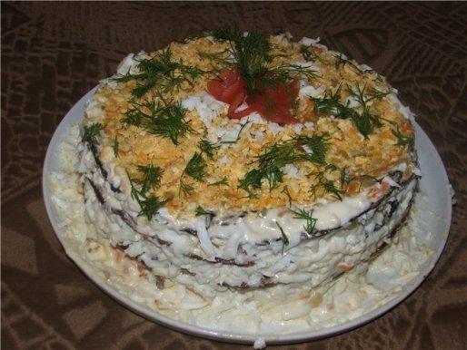 Рецепт. Рыбный торт с чесноком