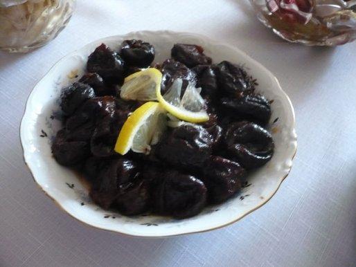 Рецепт. Чернослив тушеный в винном сиропе