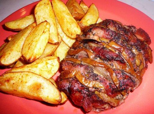 Рецепт. Запеченная свинина в духовке с грушами