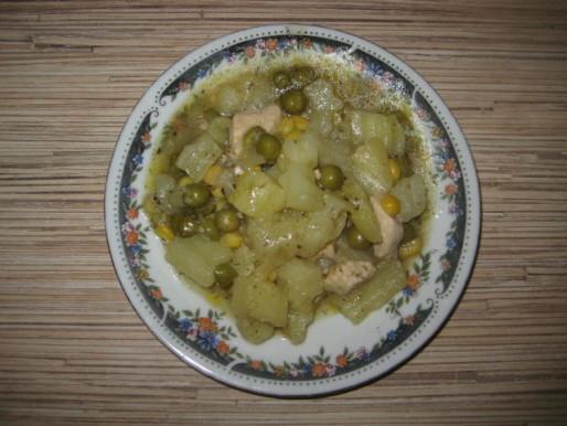 Рецепт. Суп в пароварке с горошком и кукурузой