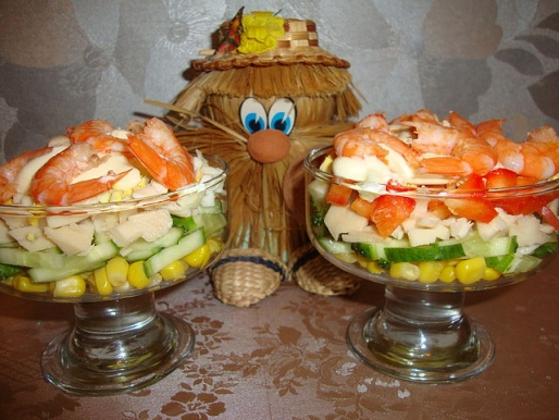 "Рецепт. Салат ""Коктейль с морепродуктами"""