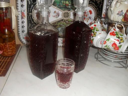"""Рецепт. Наливка из винограда """"Изабелла"""""""