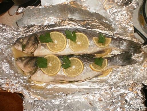 Рецепт. Сибас запечённый с лимоном