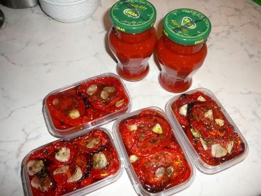 Рецепт. Вяленые помидоры с чесноком